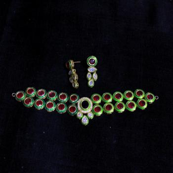 Traditional Necklace - Pendant