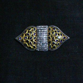 ZIRCON BROOCH